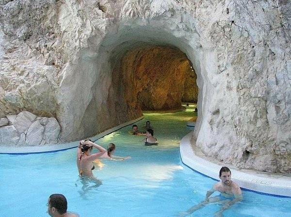 Wody termalne naWęgrzech
